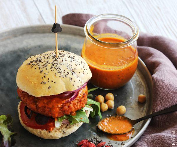 Burger veggie, sauce flamboyante au Goji